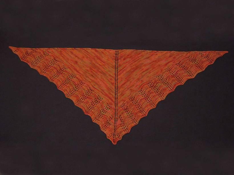 Larch scarflet (shawlette)
